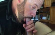 DILF sucking a cock