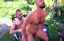 Nice Outdoor Fuck With 2 Daddies