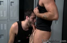Well hung bears fuck and jerk for cum