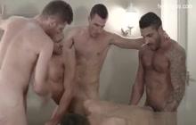 5 horny dudes having an orgy