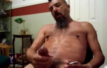 Amateur bear masturbation compilation