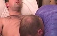 Jock gets head from homosexual bear