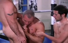 Nice gay blowjob in the gym