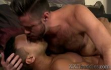 Bear and hung black hunk sixtynine and fuck